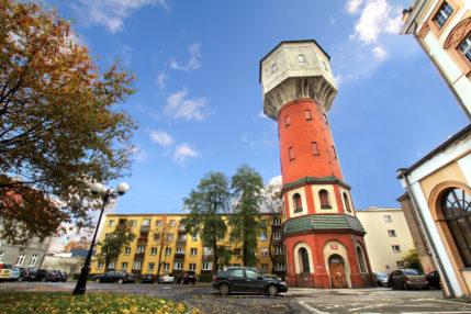 2012_10_wieża_ciśnień_poziome